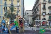 Napoli. Con i soldi confiscati ai parcheggiatori un parco giochi in piazza Nazionale